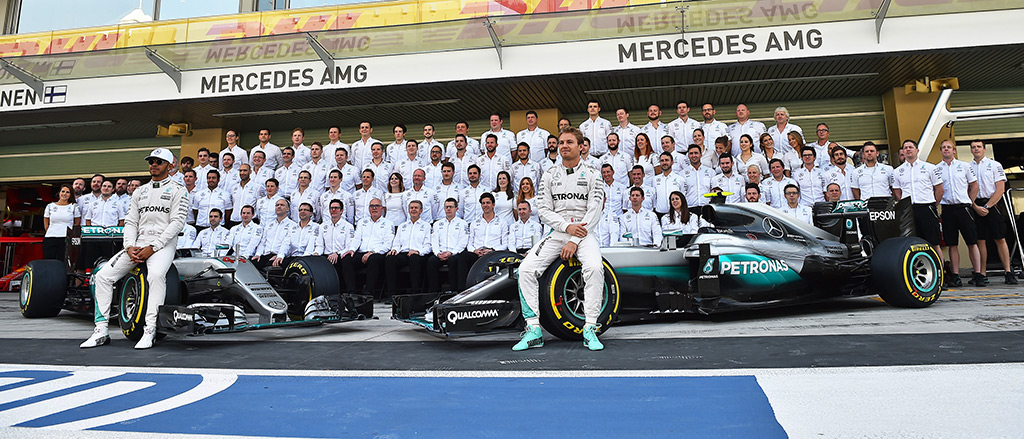 Mercedes_Team_Teaser | © eel-fotografie
